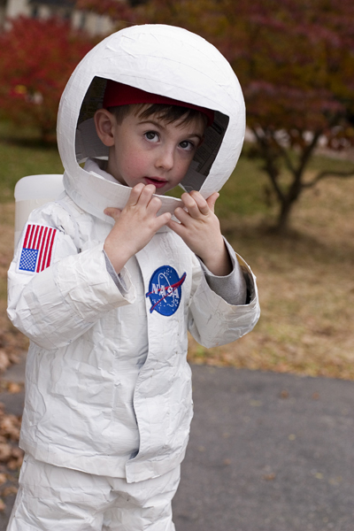 Halloween refashions on betterafter.net.  Snow suit turned space suit!
