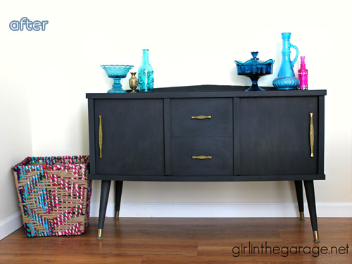Love mid-century furniture? Don't miss these mid-century makeovers at betterafter.net