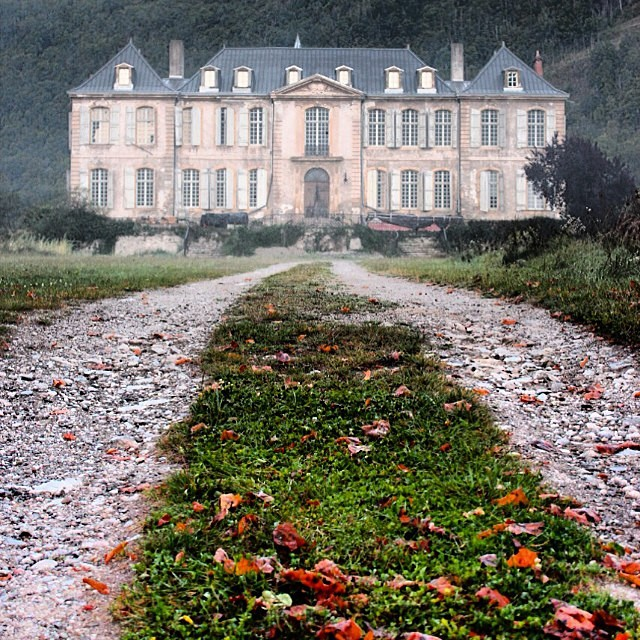 @chateaugudanes is one of my very favorite accounts. It's the…