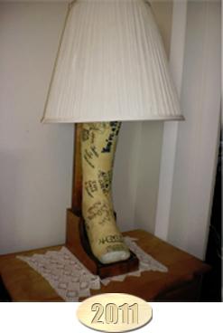 BROKEN LEG LAMP