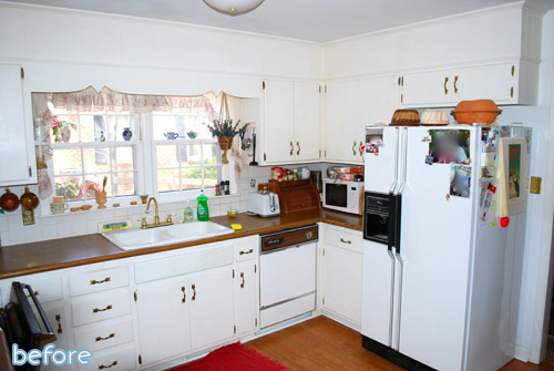 See this beautiful white kitchen makeover, complete with a gorgeous backsplash, at betterafter.net