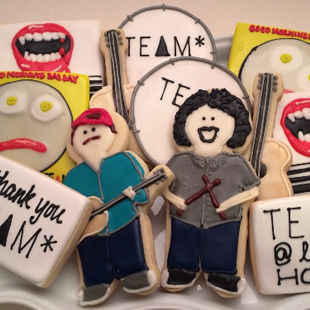 Shout out to @lemonblissbakery who made my crazy vision a reality. It's not everyday your favorite band comes to play at your house, so when they do, a good idea is to give them cookies of themselves. They won't think it's weird, I swear. ?=?