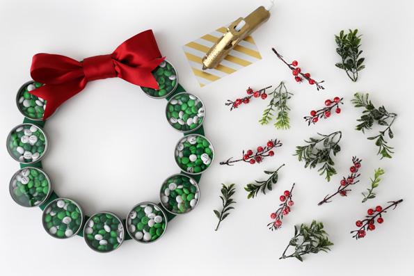 DIY-Holiday-Candy-Wreath-My-MMs-Step-7-JWB-595