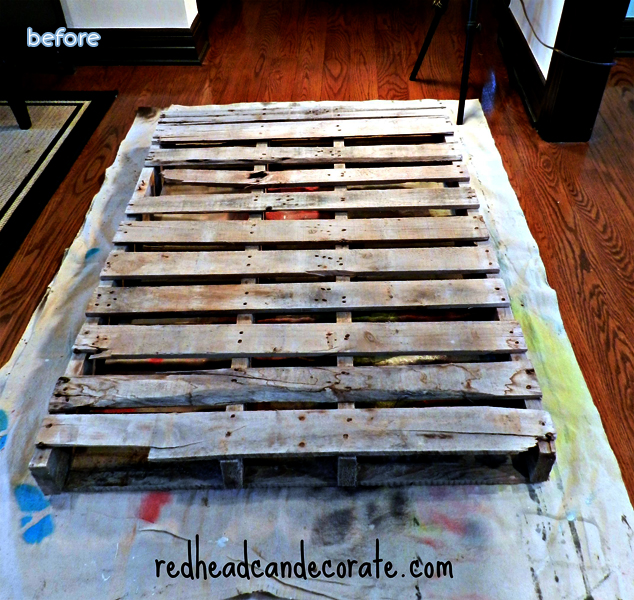 Pallet-Christmas-Tree-Makeover_before