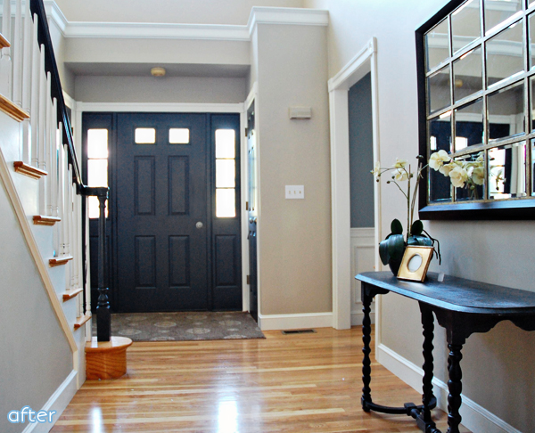 Foyer Door : I see a boring door and want to paint it black better