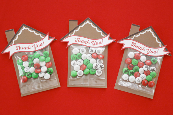 gingerbread decorating party favor