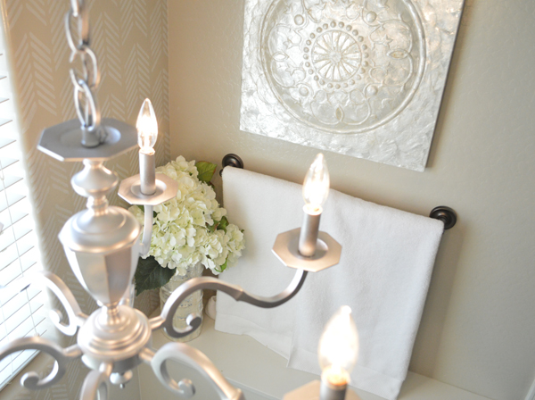 Silver painted chandelier makeover  | betterafter.net
