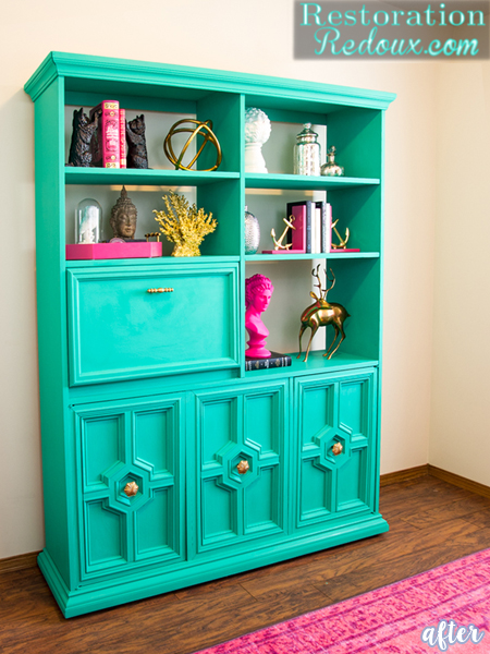 Green and Pink Bookshelf
