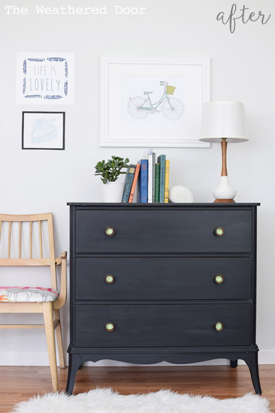 black-three-drawer-hepplewhite-dresser
