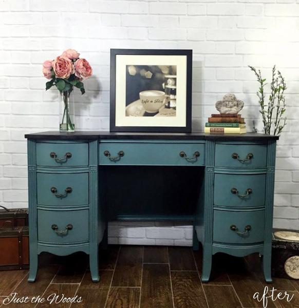 memphis-blue-dresser