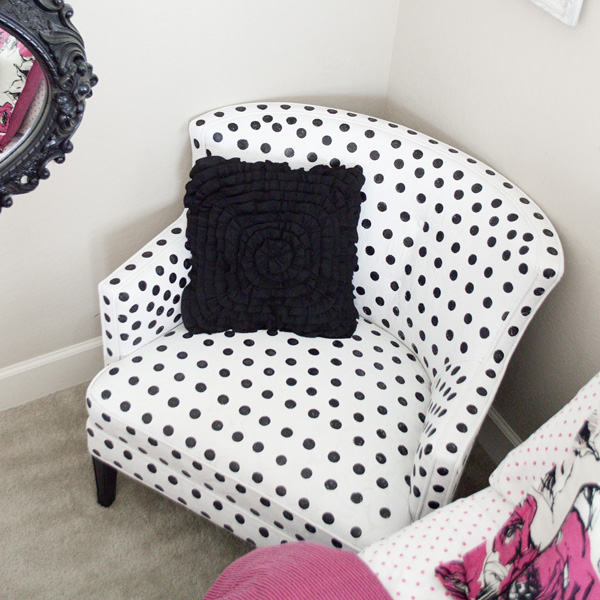 Black And White Polka Dot Airgo Chair: How To Paint Polka-dot Upholstery!